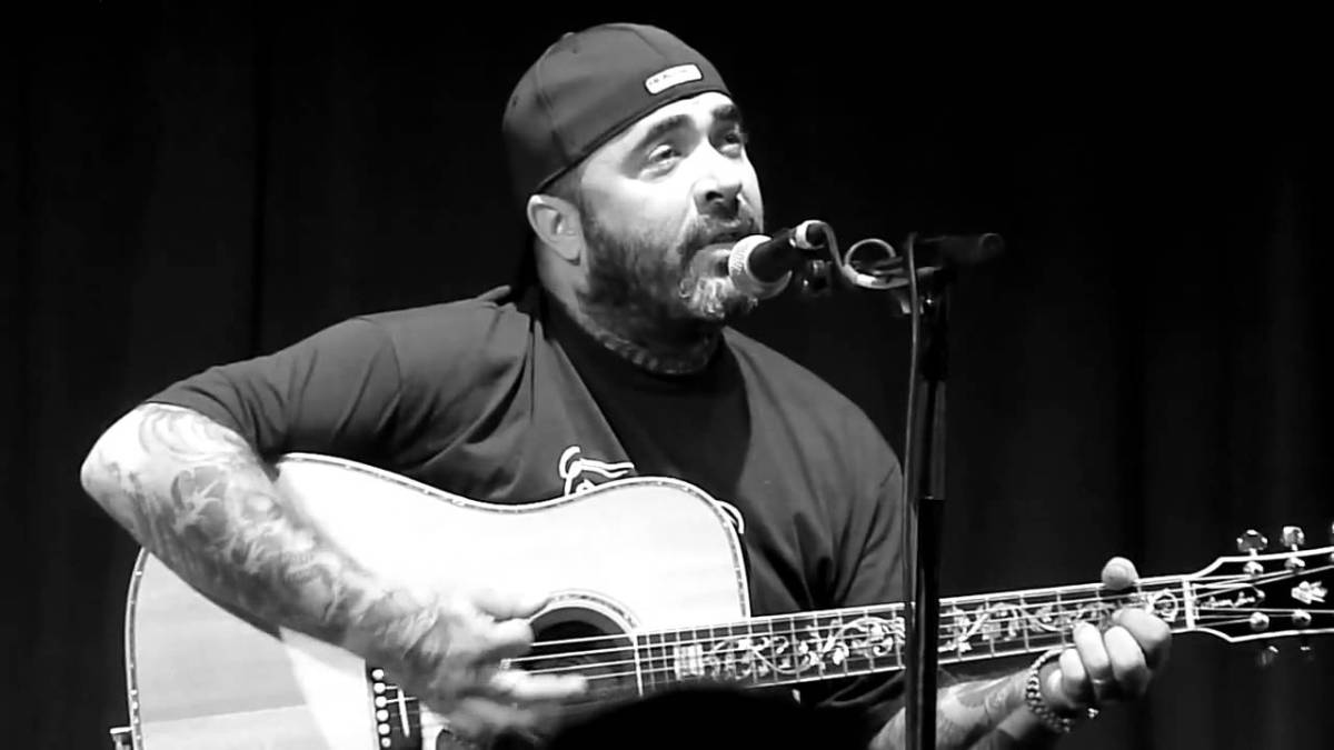 Aaron lewis tour dates in Melbourne
