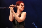 "Ingrid Michaelson Extends ""Hell No"" into the Fall"