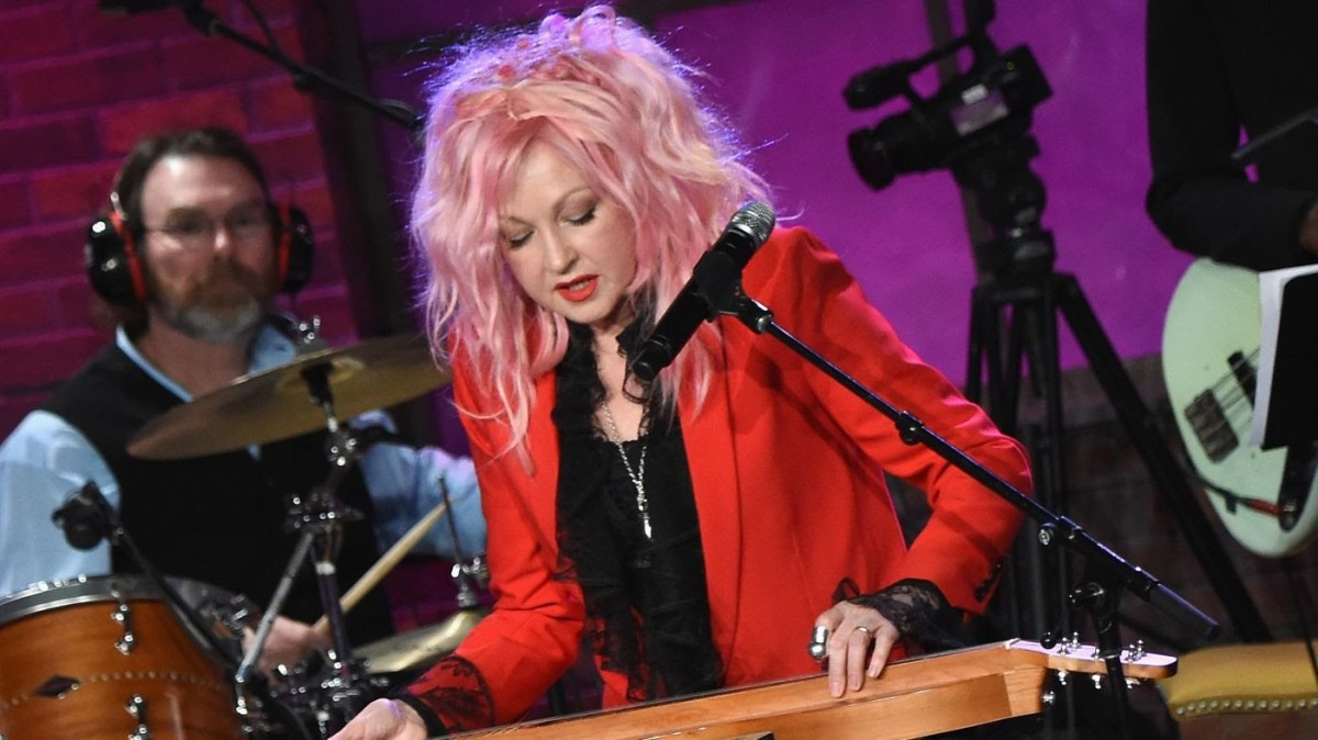 "Cyndi Lauper Announces Her ""Home for the Holiday's ... Cyndi Lauper"