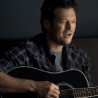 "Blake Shelton Announces 2017 ""Doin' It to Country Songs Tour"" with RaeLynn"
