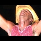 Buy Cheap Kenny Chesney Tickets at Times Union Center, Mohegan Sun Arena, and Hard Rock Hotel with Promo Code