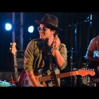 Bruno Mars Promo Coed for his 2018 Tour Dates – Concert Tickets and Venues